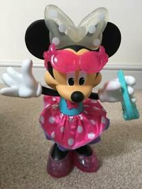 Minnie Mouse taking and light up toy