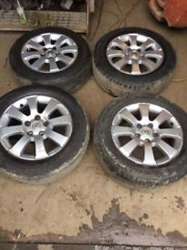 Genuine Set of 4 Vauxhall Astra H year 2004- 2009 Alloy wheels