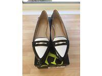 Jones the Bootmaker Patent Black Shoes (Ladies)