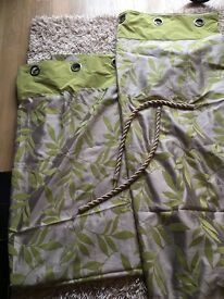 Gold and green curtains 90x90 and gold tie backs