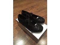 Bloch Glitter Tap Shoes girls size 10