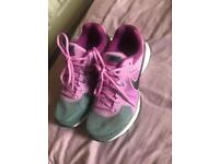 Nike women's trainers - size 6 - worn once