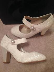 Bridal Ivory lace Rainbow Club heels Size 4 1/2 - £40