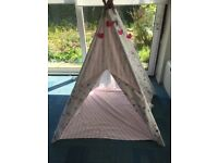 large girl's pink cotton candy stripe floral teepee tent cost £135, sell £70 ono