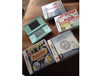 Nintendo DS lite in turquoise with 4 brain games