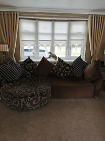 P Shape settee and swivel chair