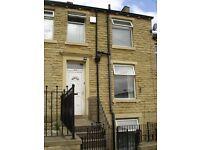Mid Terrace House - Large Property - Mount Street, Lockwood, HD1