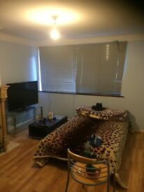Large Single Room To Rent EASTHAM