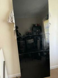 Black metal table and chairs immaculate condition