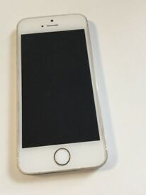 Apple Iphone 5s 16Gb gold Unlocked Any network Good working condition