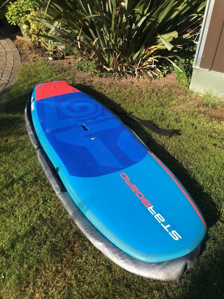 Starboard Hyper Nut 8.6 SUP 2017 with Board Bag - Stand Up Paddle Board