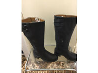 Brand new boots in very good condition only £25.Size is 3.5
