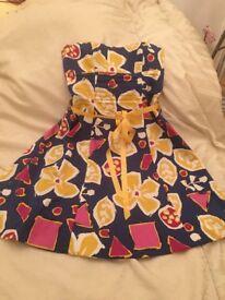 Strapless Dress with underskiry