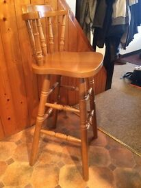 4 wooden bar stools. Excellent condition.