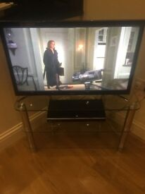 Samsung Smart TV with stand & DVD player