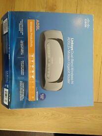 Cisco (Linksys) Dual Band Wireless-N ADSL2+ Modem Gigabit Router