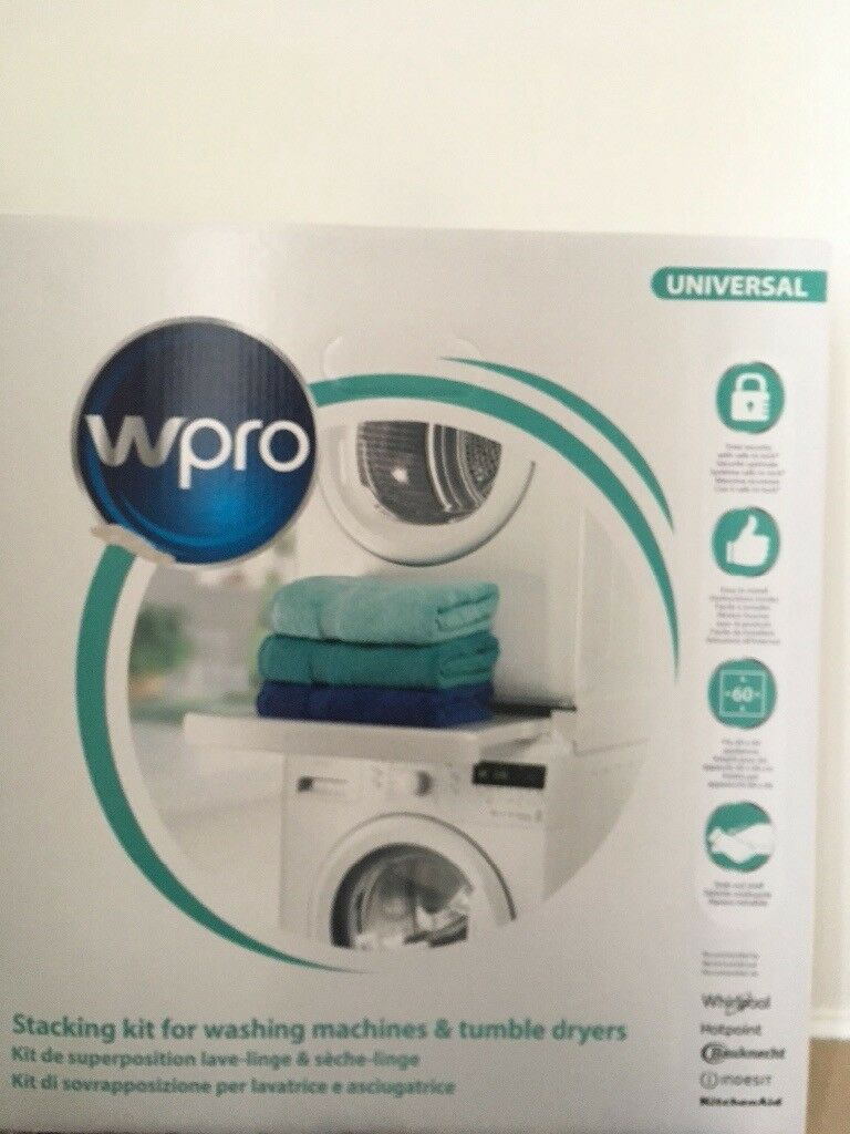 Washing machine and tumble dryer stacking kit