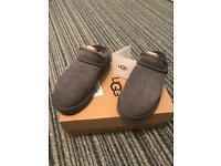 Grey genuine ugg slippers size 4