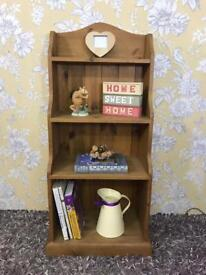 Solid pine / solid wood freestanding bookcase / shelving storage unit rustic / farmhouse style
