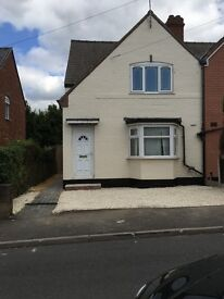 3 bedroom Semi-detached house to let Wednesbury