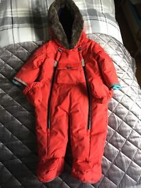 Baby boy/girl snow suit