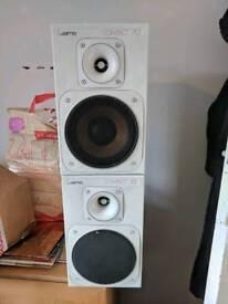 Jamo compact 70 bookshelf speakers
