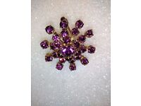 VINTAGE GOLD PLATED, SNOWFLAKE BROOCH, WITH HAND CUT STONES IN DAMSON COLOR