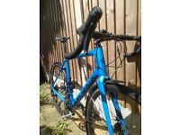 Genesis Datum 20 full carbon XL road bike 105 hydraulic disc brakes gravel bicycle