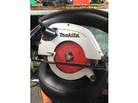 Makita 5704R Circular Saw 240v fully working