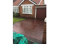 Pressure cleaning and sealing driveways/patios/tarmac