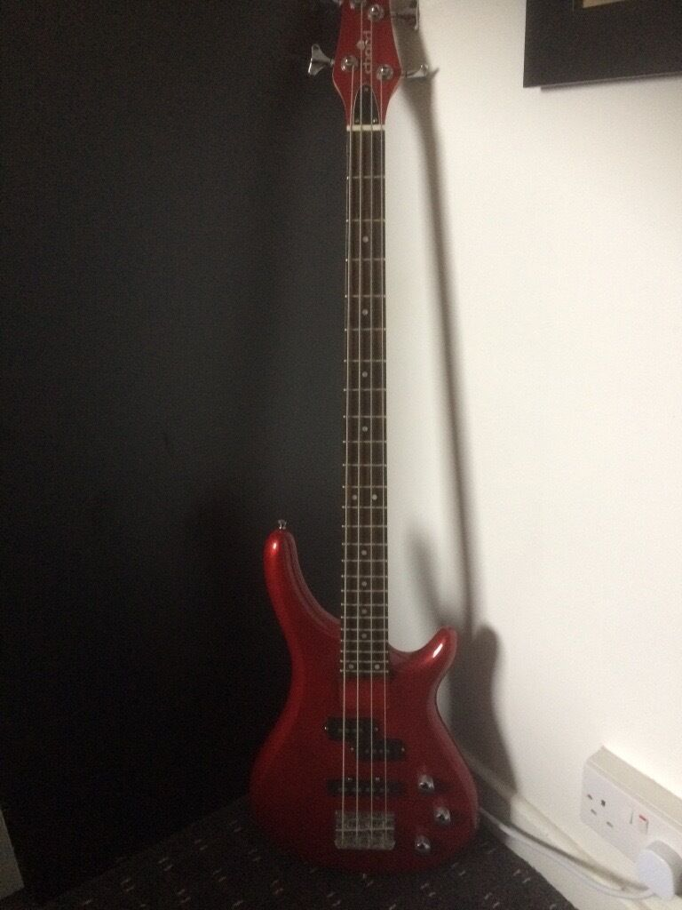 Chord Bass Guitar Tallic Red 4 String Excellent Condition In