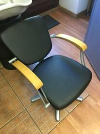 Salon/hairdresser Hair Washing Chairs (2 available)