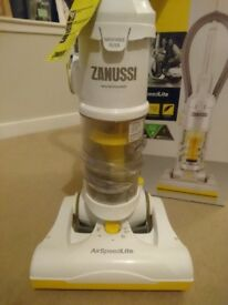 Zanussi ZAN2000a AirSpeed Lite Multi-Cyclonic Bagless Vacuum Cleaner *As New*