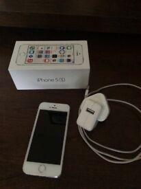 iPhone 5S 16gb unlocked - mint condition