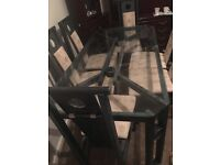 Designer table with 6 chairs £100