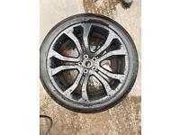 """Rangerover edition 22"""" Alloy and continental tyre"""