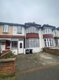 4 Bed House Located In Ilford IG3