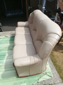 ITALIAN LEATHER THREE SEATER SETTEE