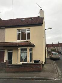 Room to rent in shared house in Easton.