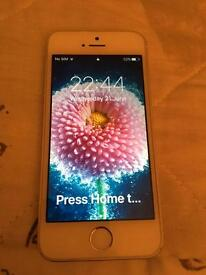 iPhone 5s on o2 boxed excellent condition