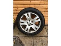 Range Rover alloy with good 255/55 r19 tyre £70
