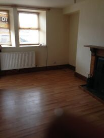 3 BEDROOM HOUSE TO LET IN PENCADER FOR LONG TERM.