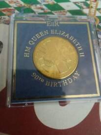 Queen elizabeth 90th birthday gold coin