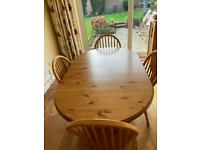 Ducal table and 4 chairs