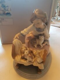 A cradle of Kittens - Retired Lladro