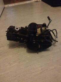 Pit bike engine 125 cc with carb clutch and gears running engine