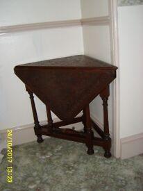 Antique Victorian period carved oak gate legged drop leaf corner table