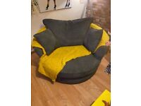 Free swivel chair