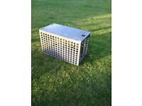 Strong metal pet travel cage