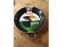 New and unused Tefal Paella Pan BNWT